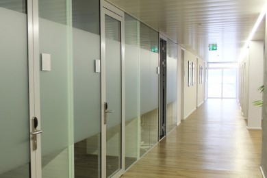b ros in salzburg mieten techno z. Black Bedroom Furniture Sets. Home Design Ideas